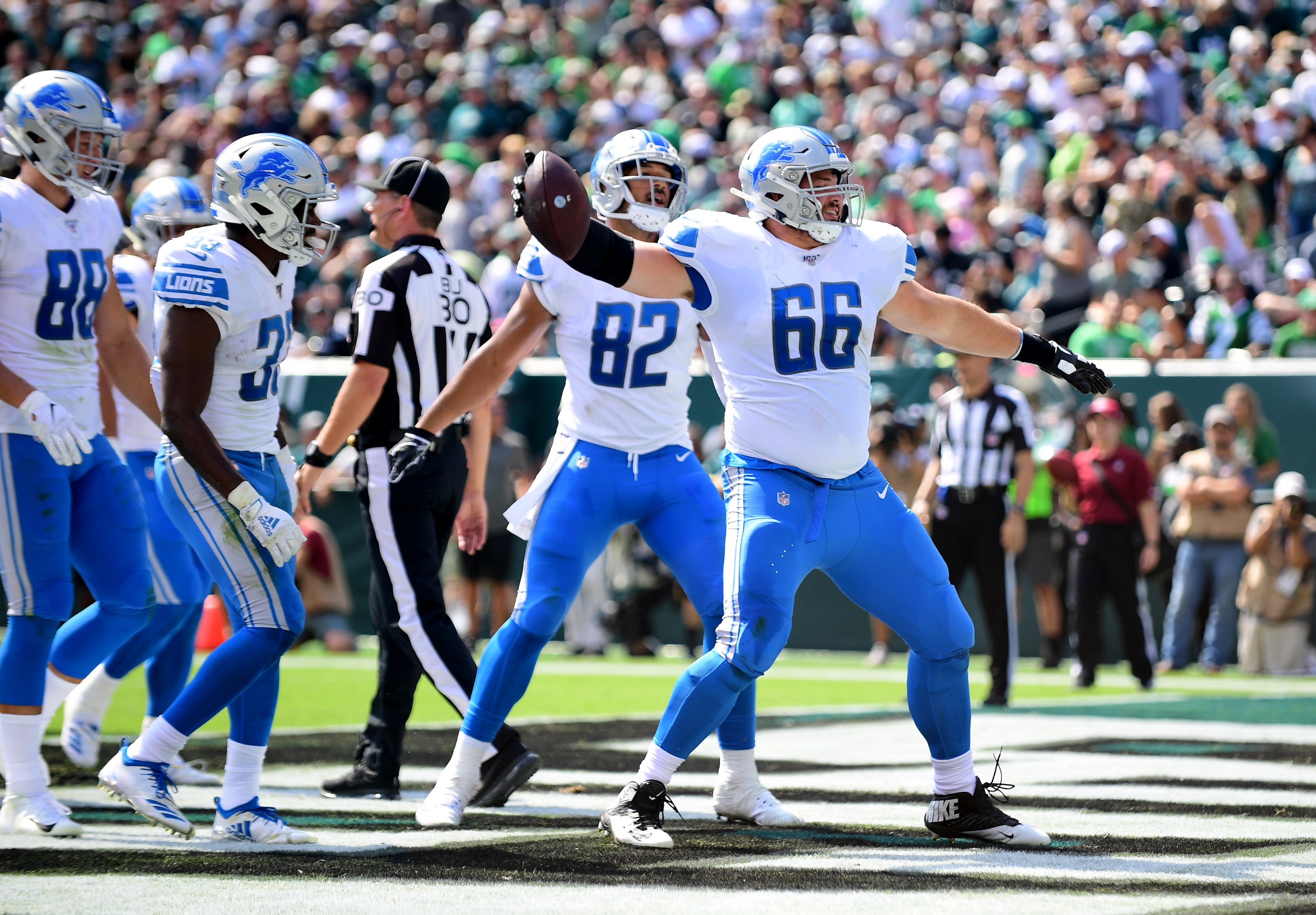 Detroit Lions: Most glaring need is now on offense, not defense