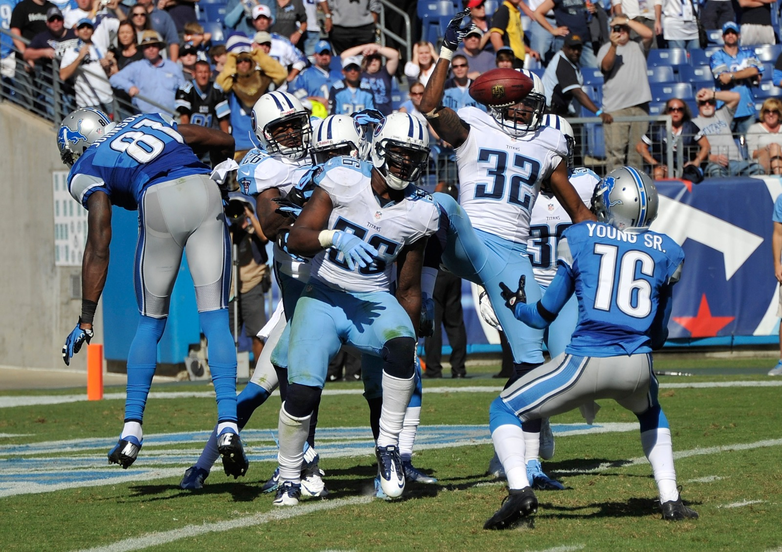 Detroit Lions: Remember the time Titus Young caught a Hail Mary?